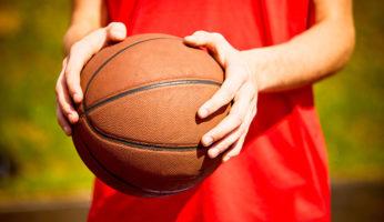 basket palla pallone giovane giovani