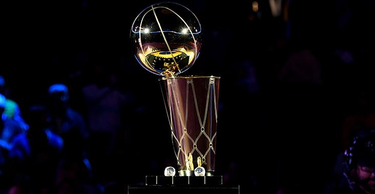 Il Larry O'Brien Trophy premio finale per i vincitori della NBA